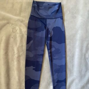 Aerie Chill Play Move Leggings XS Short